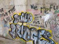 Bethlehem Unwrapped – sign closeup Build Bridges