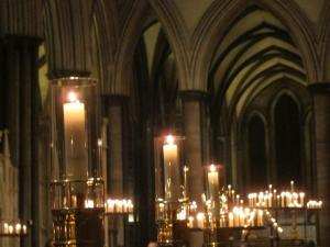 Salisbury Cathedral Advent Service, by Ana Gobledale
