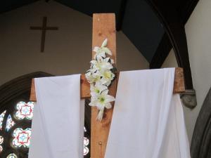 Salisbury URC Easter Cross -- Ana Gobledale