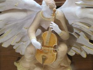 angel musician, Bath Abbey UK